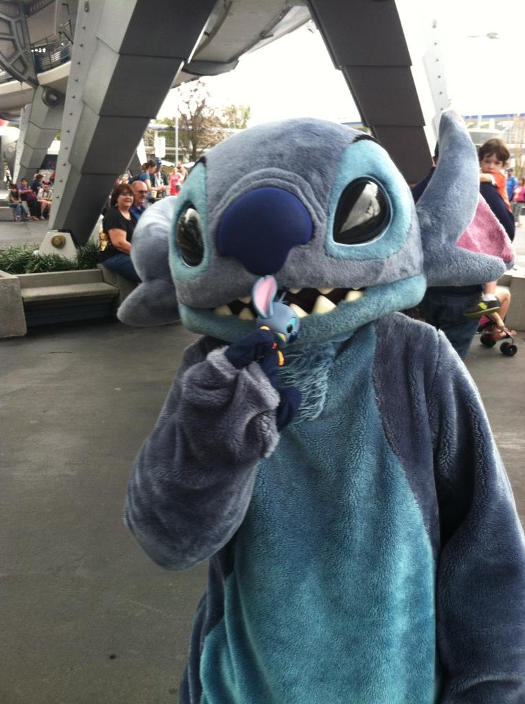 Don't eat Stitch... Stitch.