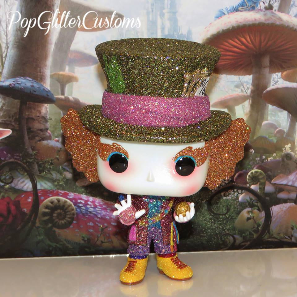 Custom Corner: Glitter Through the Looking Glass