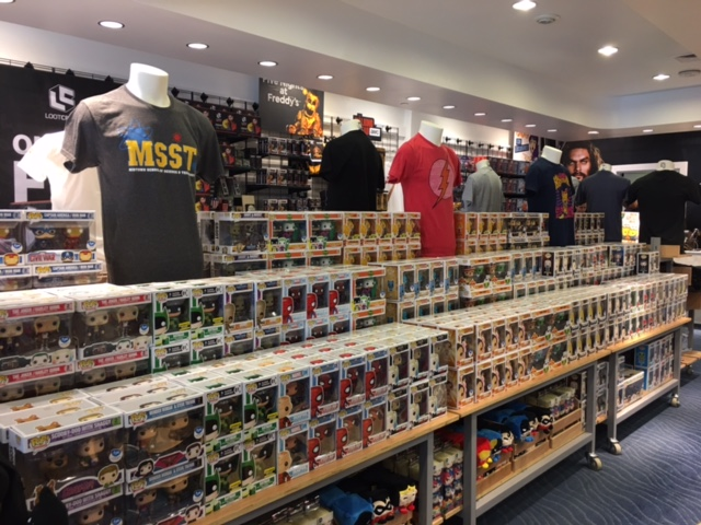 Fye Pop Up Shops Open In Horton Plaza For San Diego Comic