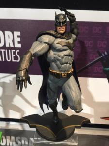 DC Collectibles Core Batman Pvc Vinyl Statue